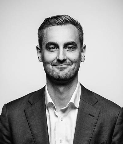 Kasvokuvassa johtaja Eero Rämö