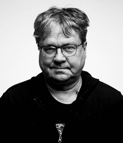 Kasvokuvassa neuvonantaja Pekka Sauri