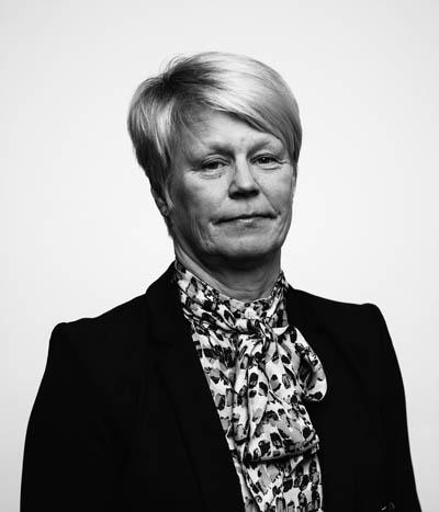Kasvokuvassa neuvonantaja Saila Miettinen-Lähde