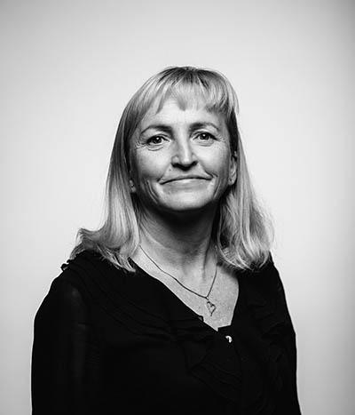 Kasvokuvassa johtaja Tiina-Marjo Nousiainen